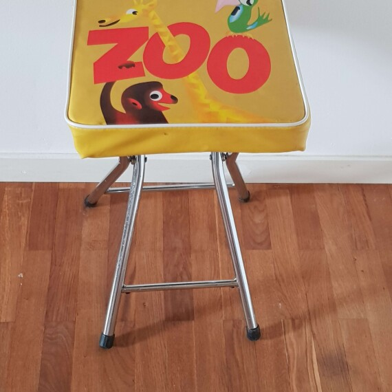 https://retroadesign.se/products/pall1-zoo